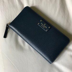 Kate Spade Navy zip wallet
